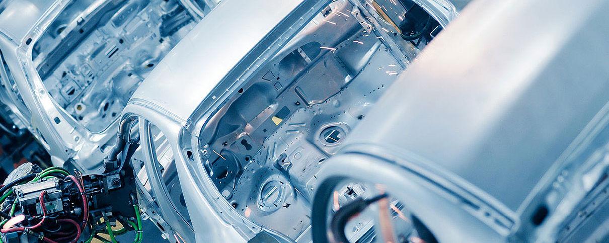 Branchen Automobilbau